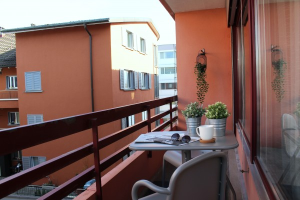 Zug Balkon Serviced Apartment