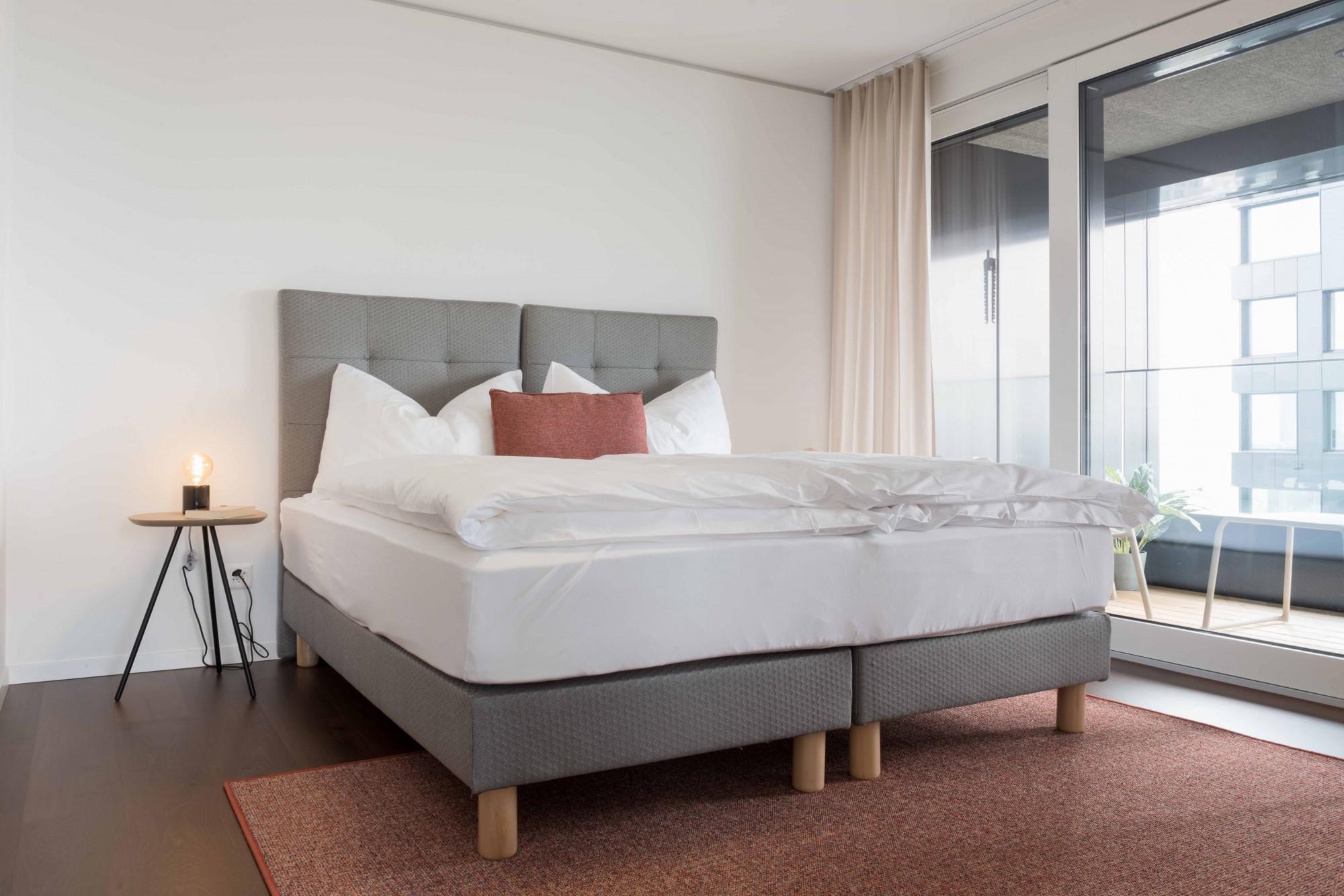 Serviced Apartment In Zurich 6min Zum Hb 2 5 Zimmerwohnung Panorama Mit Morgensonne Smart Apartments