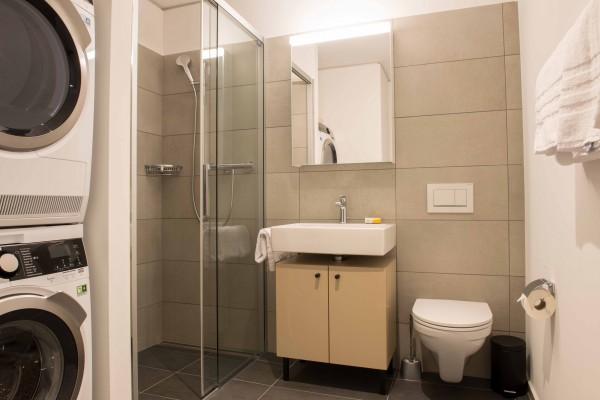 Badezimmer Möbliertes Apartment Zürich