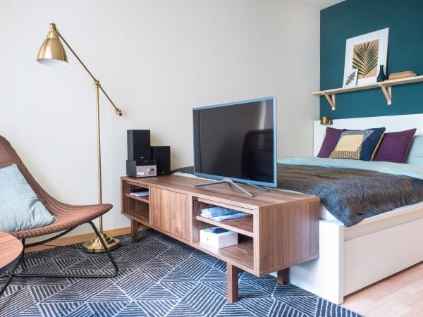 Wohnraum im Serviced Apartment Zug