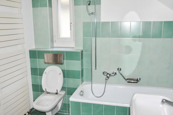 Zug Badezimmer des Möblierten Apartment